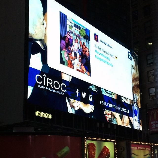 CÎROC STEP INTO THE CIRCLE – TIMES SQUARE